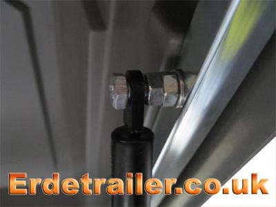 Erde hard-top with gas ram