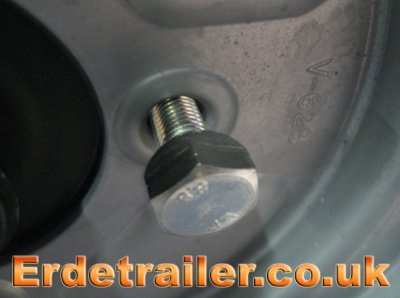 Erde 143 wheel nut
